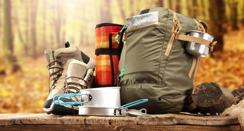 Komplette Campingausrüstung unter 250 EUR